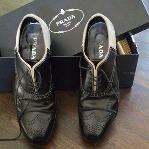 Prada dress shoes size 10